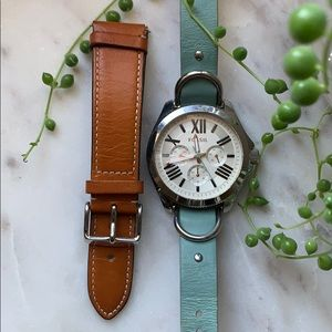 Fossil Leather Watch with Extra Strap.